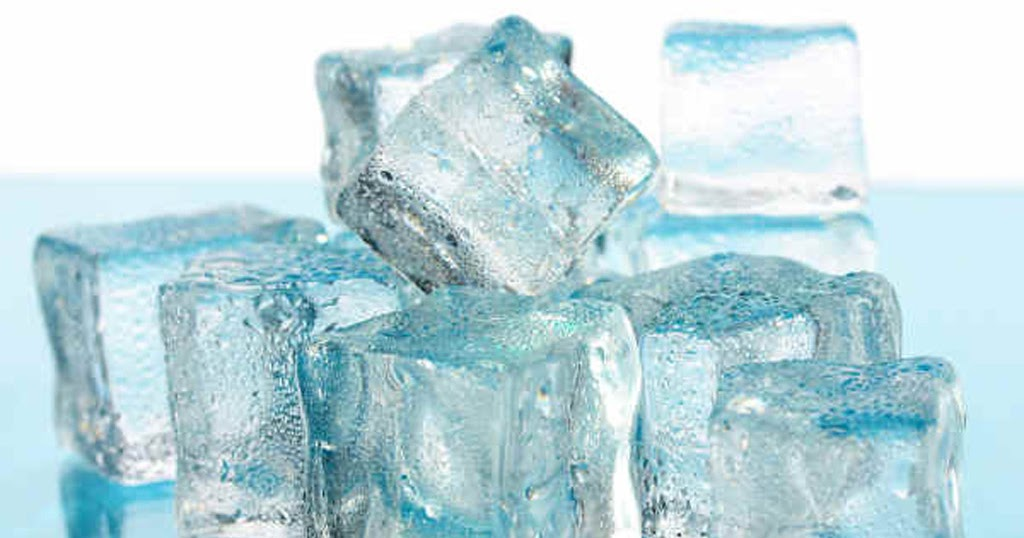 Trườm lạnh giúp giảm đau rất tốt sau phẫu thuật nâng ngực